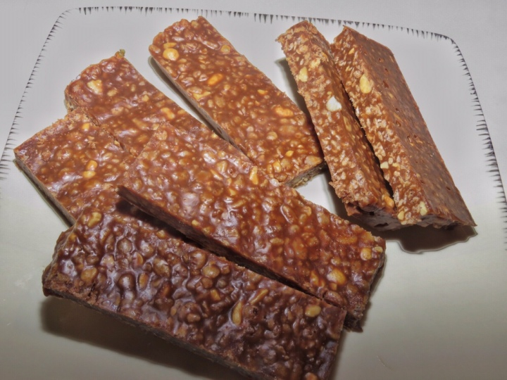 Homemade Eatmore Bars